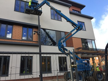 Local window cleaner Buckinghamshire