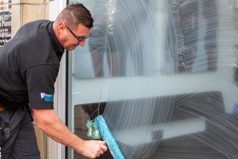 clearview-commercial-cleaning (2)