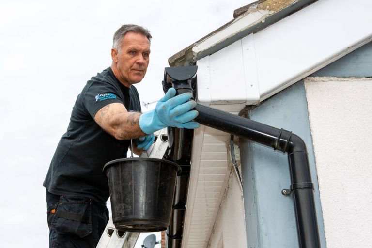 clearview-gutter-cleaning (1)